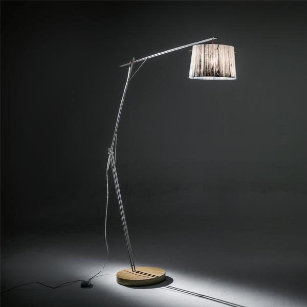 spw0077pfo0000w_00-woody-floor-lamp-white